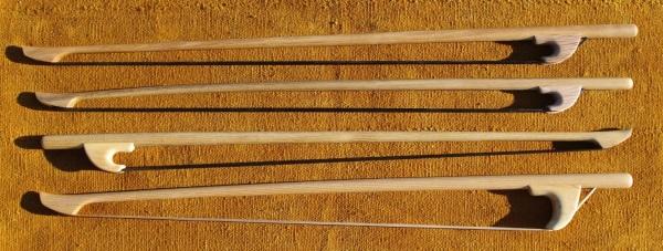 Archets de contrebasse en Robinier (1)