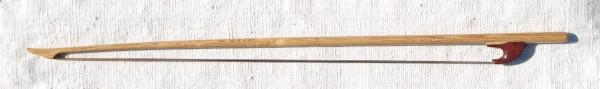 Archet en bois de Robinier 227 72