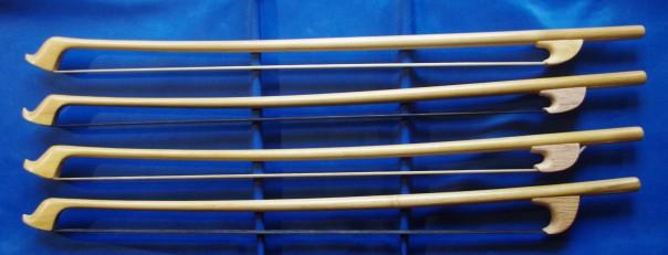 Archets de contrebasse 322 - 325